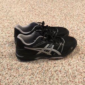 Volleyball asics shoes